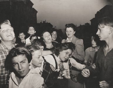New York City crowd, photo by Weegee.